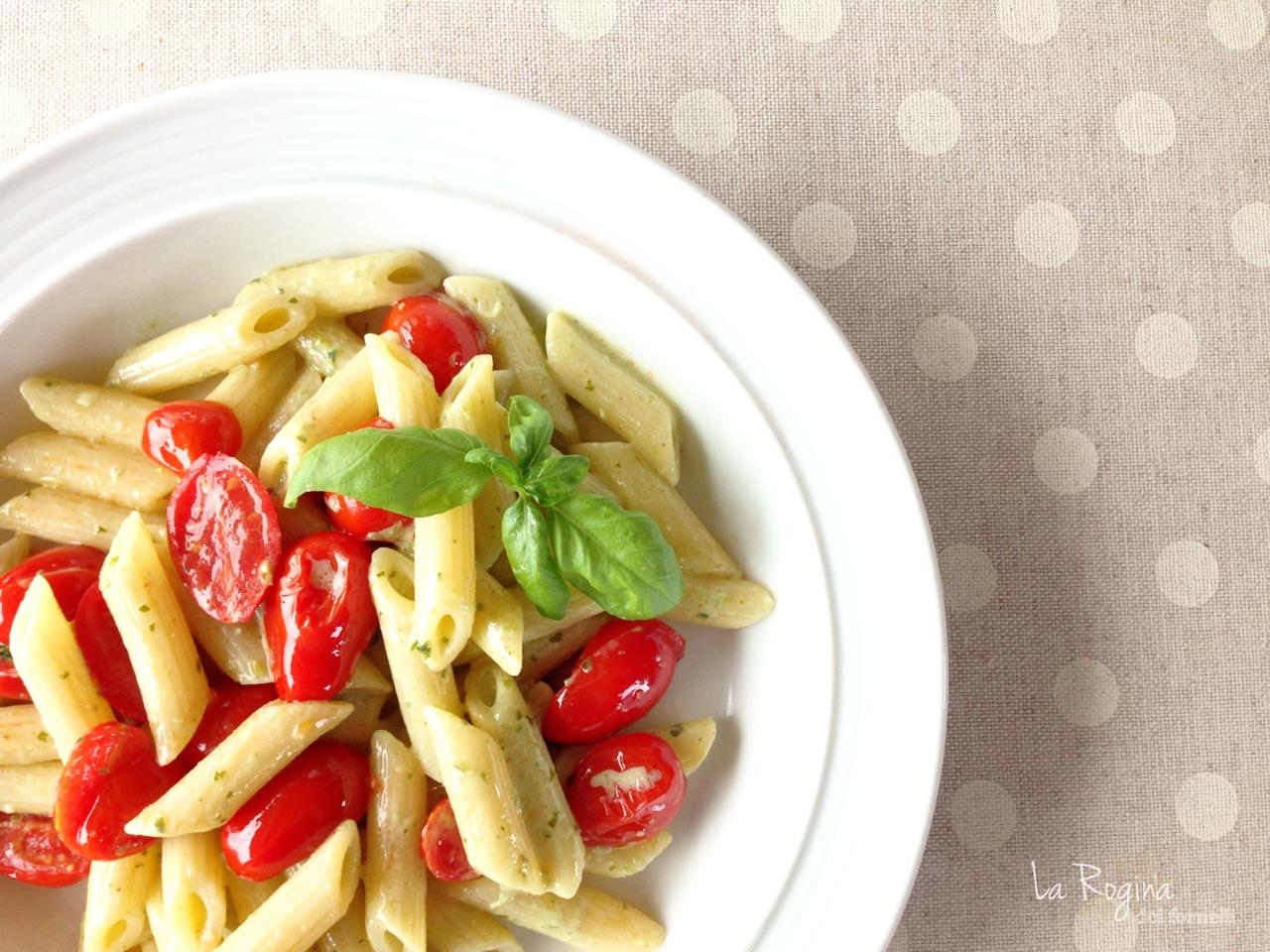 pasta-ricotta-pomodorini-e-pesto