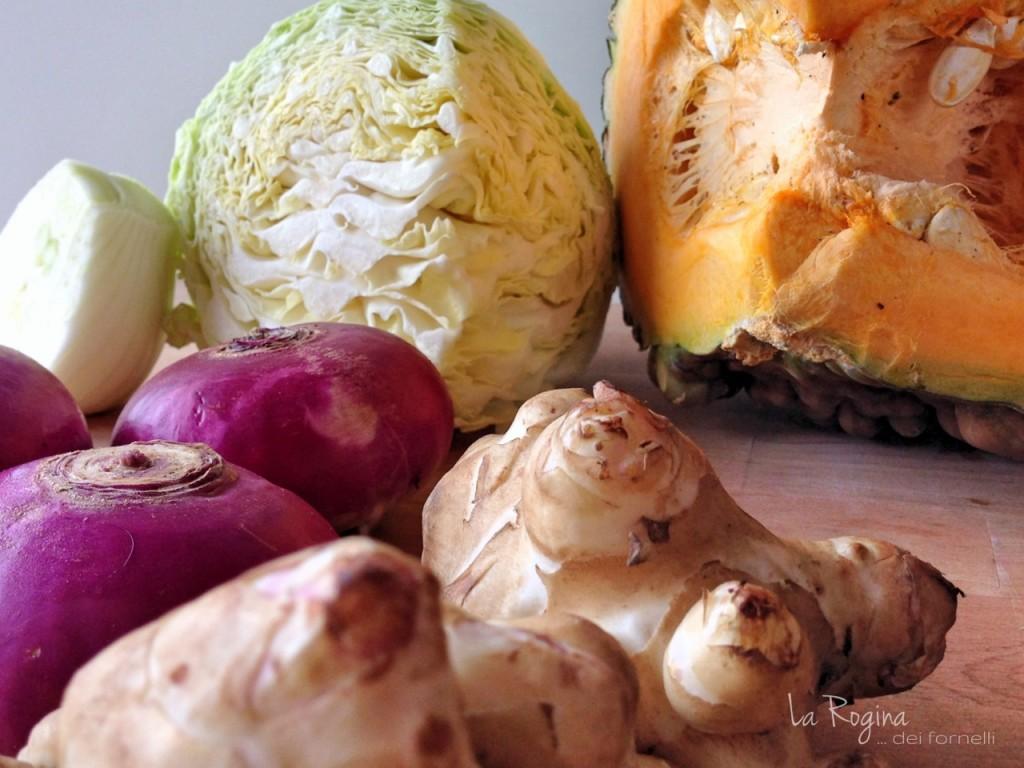 zuppa-autunno-verza-zucca-finocchio-topinambour